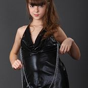 Silver Stars Eva Black Dress Picture Set 1