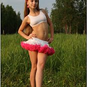 TeenModelingTV Alice Pink & White Tutu Picture Set