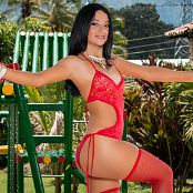 Clarina Ospina Red Stockings Picture Set 003