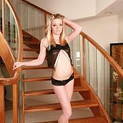 TeenStarlet Amber Satin & Silk Picture Set & HD Video 002
