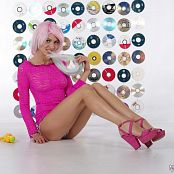 MarvelCharm Lola Pink Picture Set