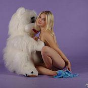 MarvelCharm Stasya Teddy Bear Picture Set
