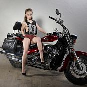 Silver Jewels Alice Motorcycle Picture Set 1