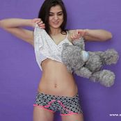Linda Model Striptease HD Video 002