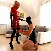Daynia Dominatrix In Red Latex Gets Analized HD Video