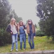 Fashion Land Daria With Friends At Photoshoot Video
