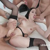 Kiara Gold Balls Deep Anal DAP & Piss Drink Gangbang GIO618 HD Video