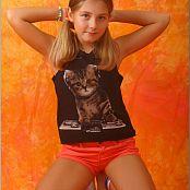 TeenModelingTV Alissa Cat Top Picture Set
