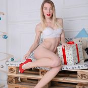 MarvelCharm Kira White Queen Picture Set