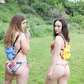 Mashas Models Alice & Sarah Fight It Out Picture Set