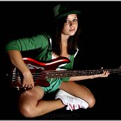 TeenModelingTV Mariah Bass Guitar Picture Set