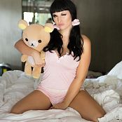 Bailey Jay Natural Light Fake Tits Picture Set