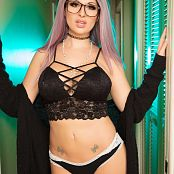 Bailey Jay Tractor Beam Picture Set