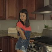 Brittany Marie Bonus HD Video 473