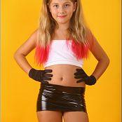 TeenModelingTV Alissa Black Leather Skirt Picture Set