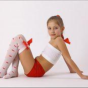 TeenModelingTV Alissa Kisses Stockings Picture Set