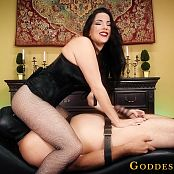 Goddess Alexandra Snow The Face Sitting CBT Game HD Video