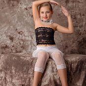 Silver Alissa White Lace Picture Set 001