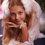 Silver Stars Alissa P Christmas Picture Set 002
