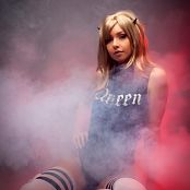 Amy Thunderbolt Queen Picture Set