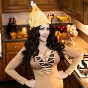 Angie Griffin Turkey Girl Picture Set