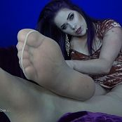 LatexBarbie Sheer Pantyhose & Toes HD Video