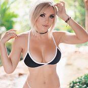 Jessica Nigri Black Bikini Picture Set