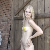 TeenMarvel Lili Smile HD Video