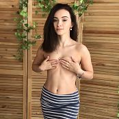 MarvelCharm Alice Undressed HD Video