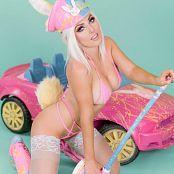 Jessica Nigri Bunny Cop Picture Set