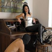Young Goddess Kim Desk Boot Slave HD Video