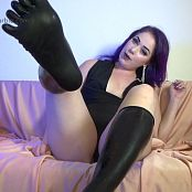 LatexBarbie Lickable Latex Toes HD Video