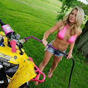 Madden Washing The ATV Picture Set