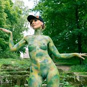 Jeny Smith Nature Camouflage Picture Set