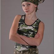 TeenModeling Alice Camo Picture Set