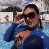 Mistress Ezada Sinn Prive You're Man Enough Video