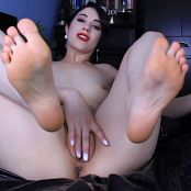 Brookelynne Briar Cum For My Feet & Pussy HD Video