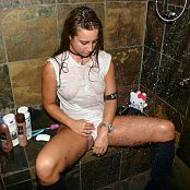 Katies World Dirty Girl Shower Part #2 Picture Set 240