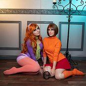 Jessica Nigri & Meg Turney Velma & Daphne Picture Set