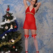 Fashion Land Adrianna Christmas Special Picture Set 025