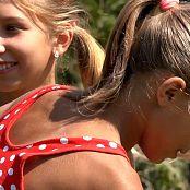 Two Elfs HD Video 177