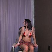 London Lix Strip Club Ballbusting HD Video