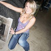 Maden Pullin Tires Picture Set