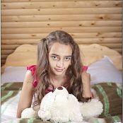 TeenModelingTV Victoria B My Little Friend Picture Set