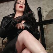 Alexandra Snow Leather Makes You Drip HD Video