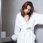 TeenMarvel Ella Bath Robe Picture Set