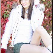 TeenModelingTV Chloe Xmas Picture Set