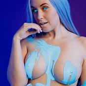 Meg Turney OnlyFans Quantum Paint Picture Set