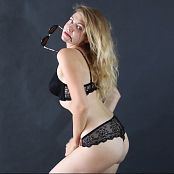Fiona Model Striptease HD Video 181