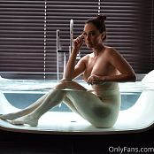 Meg Turney OnlyFans Nude Glass Tub Picture Set